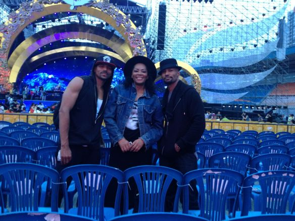 "John ""Havic"" Gregory, Jody Watley, and Rosero McCoy Rehearsal Check Chengdu Stadium June 7, 2013"
