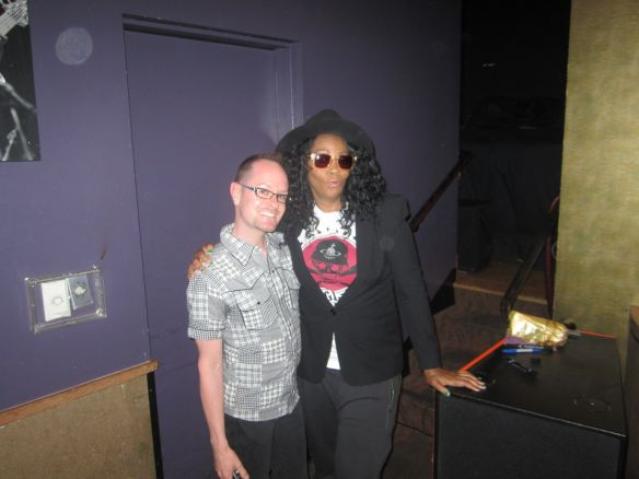 meetandgreet_jodywatley_yoshis_may2014